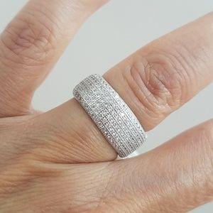 Jewelry - Pave 8mm men Women Unisex Wedding Band